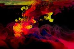 Tinten im Wasser lizenzfreies stockfoto