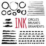 Tintenkreise, -bürsten und -verzierungen stock abbildung