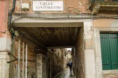 Tintorettoweg, Venetië in de regen Royalty-vrije Stock Afbeeldingen