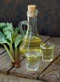 Tintura do licor da vodca do ruibarbo Imagens de Stock
