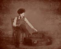 Tintype del ragazzino e della macchina da scrivere Fotografia Stock Libera da Diritti