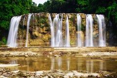 Tinuy en vattenfall arkivbild