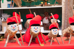 Tio de Nadal sul mercato di Natale Fotografia Stock Libera da Diritti