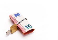 Tio låste euro Arkivfoton