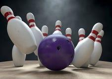 Tio Pin Bowling Pins And Ball Royaltyfri Fotografi