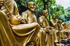 Tio tusen Buddhakloster (mannen feta Sze) Arkivfoton