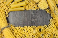 Tipi di forme della pasta Fotografia Stock Libera da Diritti