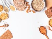 Tipi differenti di alti alimenti del carboidrato fotografia stock