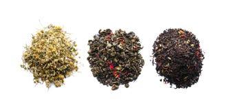 Tipi differenti di tè su fondo bianco immagine stock