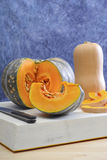 Tipi differenti di zucca e di zucche Fotografia Stock