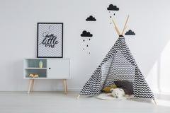 Tipi namiot w pokoju Obrazy Royalty Free