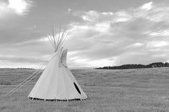 Tipi (tipi) som använt av Great Plains indianer Arkivbilder