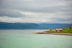 Tipical połowu domy na fjord, Lofoten wyspy, Norwegia Obraz Stock