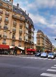 Tipicamente rua de Parisien Foto de Stock Royalty Free