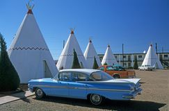 Tipis and Oldtimer 1. Oldtimer in front of motel with tipis, Holbrook, Arizona, USA Stock Photos