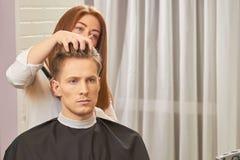 Tipo al barbiere immagini stock
