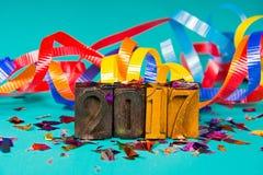 Tipo d'annata dello scritto tipografico del nuovo anno 2017 Fotografia Stock Libera da Diritti