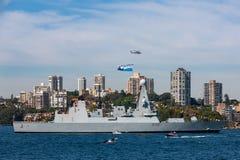 Tipo de atrevimiento D32 45 destructor del HMS de la defensa a?rea de la Atrevido-clase del Royal Navy en Sydney Harbor imagen de archivo libre de regalías