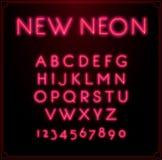 Tipo de néon alfabeto da fonte Incandescência no vetor Com números Fotos de Stock Royalty Free