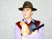 Tipo della mafia con il revolver. Immagini Stock Libere da Diritti