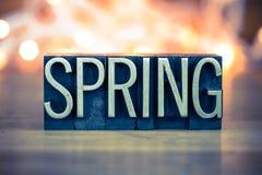 Tipo dello scritto tipografico del metallo di concetto della primavera Immagine Stock