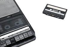 Tipo desktop à antiga gravador de cassetes no fundo isolado branco fotos de stock royalty free