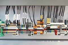 Tipo differente terminale di vite per il sistema elettrico immagini stock libere da diritti