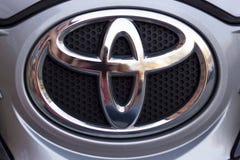 Tipo do carro do logotipo de Toyota fotos de stock