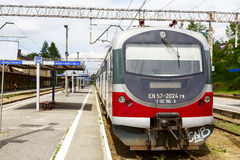 Tipo locomotivo EN57 em Zakopane Fotos de Stock Royalty Free