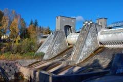 Tipo na central eléctrica hydroelectric foto de stock