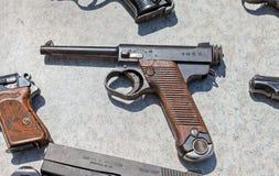Tipo 14 pistola dell'esercito di giapponese imperiale di Nambu WW2 8mm Immagini Stock Libere da Diritti