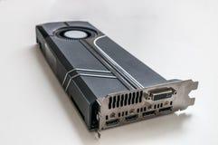 Tipo videocard moderno do ventilador do jogo no fundo branco imagens de stock royalty free
