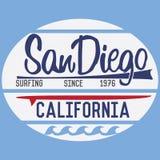 Tipografía de California San Diego, diseño de la impresión de la camiseta, etiqueta del Applique de la insignia del vector del ve Imagen de archivo