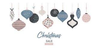 Tipografía de la plantilla de la bandera de la venta de la Navidad con las bolas de la Navidad, para los aviadores de la venta, e ilustración del vector