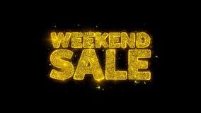 Tipografía de la venta de fin de semana escrita con los fuegos artificiales de oro de las chispas de las partículas