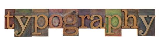 Tipografía en viejo tipo de la prensa de copiar fotos de archivo