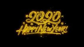A tipografia 2020 do ano novo feliz escrita com partículas douradas acende fogos de artifício