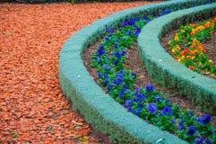 Tipos de ajardinar y de trayectorias del jardín de las decoraciones Fotografía de archivo libre de regalías