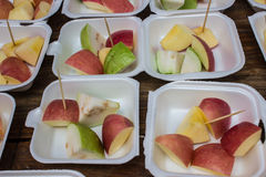 Tipos de partes do fruto na espuma Fotos de Stock Royalty Free