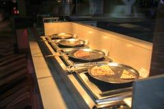 Tipos diferentes da pizza em um restaurante Fotografia de Stock Royalty Free