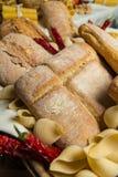 Tipos diferentes de pão Imagem de Stock Royalty Free