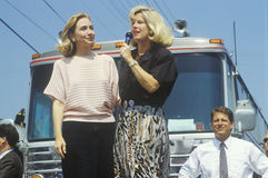 Tipper Gore talar i Ohio under Clintonen/levrade blodet 1992 Buscapade som aktionen turnerar i Parma, Ohio Royaltyfri Bild
