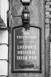 Tipperary den original- irländska baren i London - LONDON - STORBRITANNIEN - SEPTEMBER 19, 2016 Arkivbild