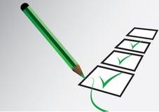 Tiquetaque e lápis verdes Foto de Stock