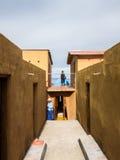 Tiquina, Bolivie - 8 décembre 2011 : Hôtel sur Isla del Sol dans le Lac Titicaca images stock
