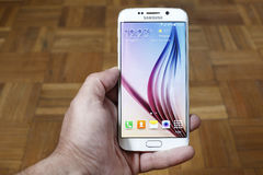 Tiré du nouveau bord de Samsung S6 Photos stock