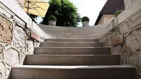 Tiré du vieil escalier banque de vidéos