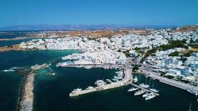 Tir aérien d'île de la Grèce banque de vidéos