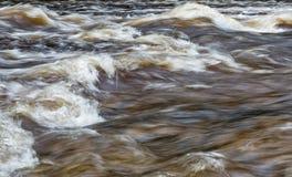 Tir abstrait de l'eau faisante rage photo stock