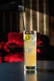 Tir de cocktail de Mai Tai Image stock